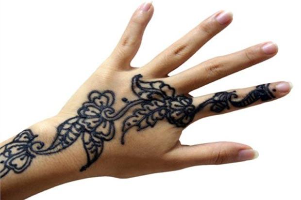 henna-negra