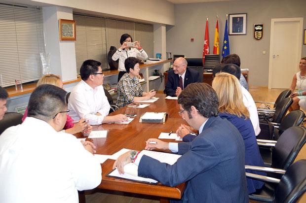 alcalde-y-delegación-china-(1)
